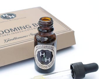 Mens Beard Oil, Natural Sandalwood and Moisturising for Facial Hair and Skin, softening and conditioning. Mens Grooming Gift.