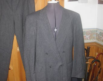 Vtg Hart Shaffner and Marx 2 pc double breasted wool Charcoal suit 42 R great vtg shape pants 34x30