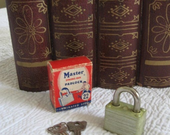 Master Strong Boy Padlock 22, Master Lock, Vintage Lock From Made Of Flaws