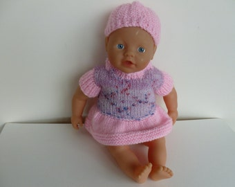 Dolly's pink outfit