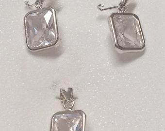 Beautiful pendant und earrings