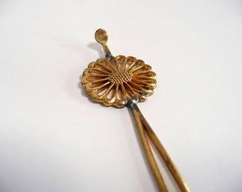 Antique kanzashi - hair stick - Japanese antique - chrysanthemum - metal openwork - WhatsForPudding #2036