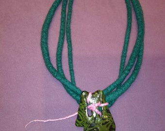 ON SALE>Summer Felted  Womrn necklace Felted neck Acessory Felted jewelry Green Neck Accessory Feled Art