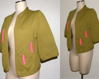 1950s 50s Cardigan / Olive Green PINK cattails / sweater / jumper / open front / boxy fit / unique