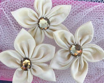 10 pcs Cream Satin Flower With Bead,45 mm