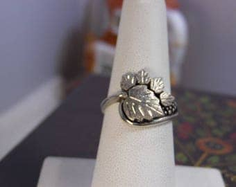 Sterling Silver Black Hills Grape Leaf Ring Sz 7