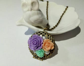 Gift/present Vintage inspired picture locket flower romance long necklace