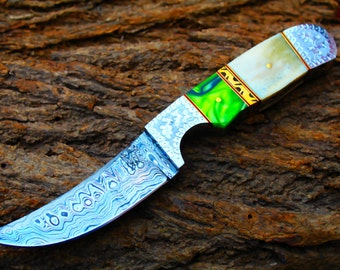 """4.1""""Damascus Blade Collector Hunting Knife w/Engraved Steel Bolsters,Buffalo Bone,File-Work, Kerinite, Custom Leather Cover UDK-AF-55"""