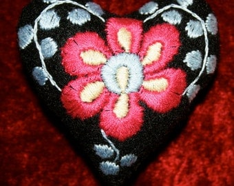 Matyo Heart Embroidered Pincushion