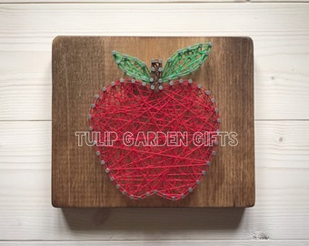 Apple String Art Mini, Teacher Appreciation Gift, Teacher String Art, Apple Decor, Apple Sign, Teacher Gift, Apple for the Teacher
