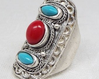SALE! Vintage / Native American Style Large Statement Turquoise and Coral Ring Size R