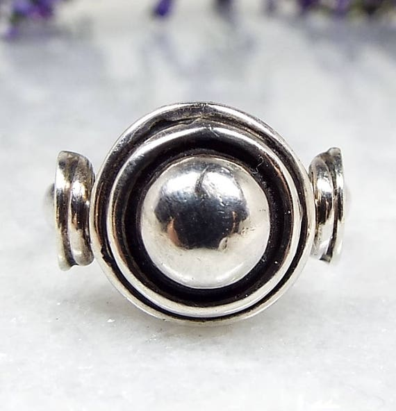 Vintage / Sterling Silver Victorian Style Button Target Ring / Size N 1/2 925