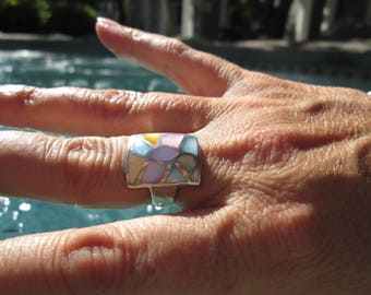 Mother of Pearl and Sterling Silver Inlay Ring Size 6.75