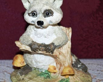 "Adorable Ceramic 4-1/4"" Raccoon Figurine Standing Leaning Against Tree Limb"