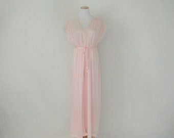 Vintage 1980s romantic pink camisole Pollinaise  nylon gown and robe/ negligee/ vintage lingerie/ Hollywood Regency/ Pin Up Girl size L