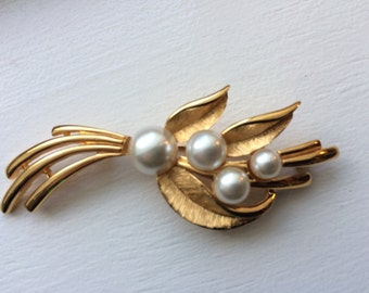 Vintage Napier Gold Tone With Faux Pearl Brooch