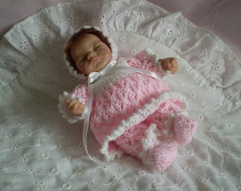 """Hand Knitted 8"""" Ashton Drake outfit"""