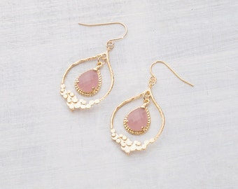 Earring antique pink