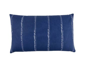 Pillowcase CARLO of blue white maritim graphically HAMPTONS 40 x 60 cm