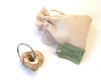 hag stone keyring, rock with a natural hole, found beach pebble, Cornwall, lucky pebble, mystical, magical, raw stone key fob