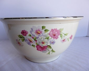 Large Kitchen Kraft Oven Ware Mixing Bowl. Cottage Style Kitchen Decor