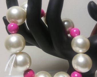 Big Beads, Pink and Off White Beads, Chunky Beads, Easily Worn Bracelet, Off White Pearl Bracelet