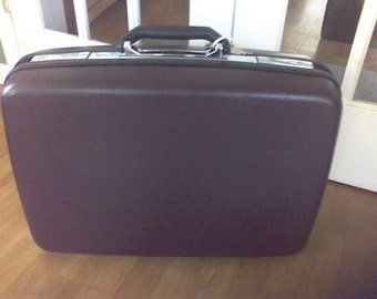 Samsonite suitcase, overnite  case, Samsonite old suitcase, with Key