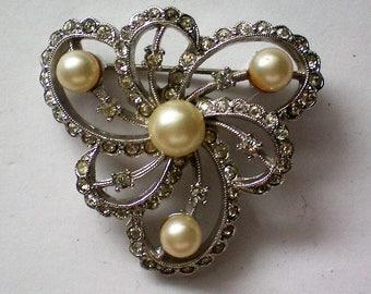 Signed Marvella Rhinestone and Cultured Pearl Brooch - 5182