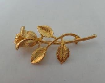 Vintage Gold Tone Rose Brooch Vintage Flower Brooch Rose Brooch Gold Tone Brooch Vintage Rose
