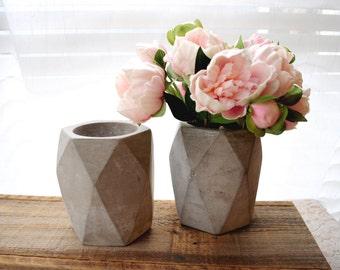"""Medium/Large 5.5"""" Geometric Concrete Planter Cement Planter Succulent Planter Stone Planter Minimalist Concrete Vase Oblong"""