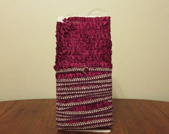 Vintage 1930s 1940s NOS maroon white ruffled embroidered trim ribbon lace