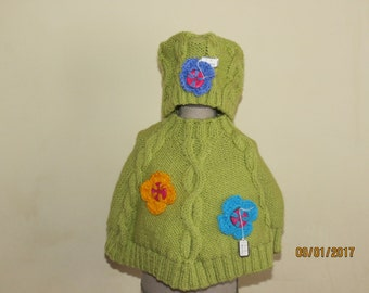 UNIQUE hand-knitted baby girl's outfit to fit 0-3 months