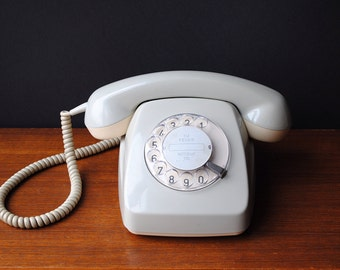 Vintage * German Rotary Telephone * dial plate * stone grey * 60s design from 1970s * Mid Century Modern Office * perfect working condition