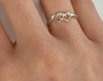 Vintage Sterling Silver Valentines Hearts Ring 4.5