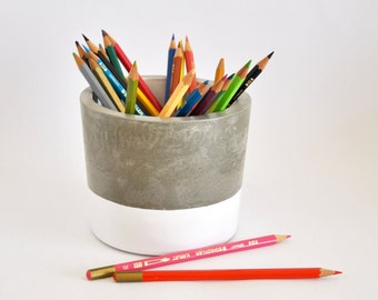Pen XL of concrete, cement planter, large concrete, industrial and modern pen pen.