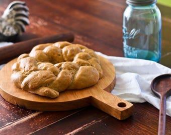 """Cherry Circle Bread Board - 11"""" Diameter"""