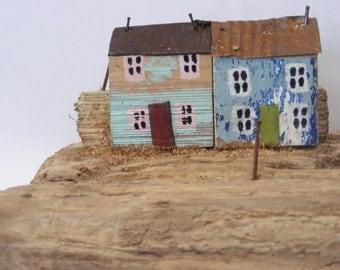 HAFAN ,driftwood houses, hand made in North wales