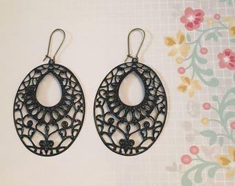 Black Oval Metal Filigree Earrings