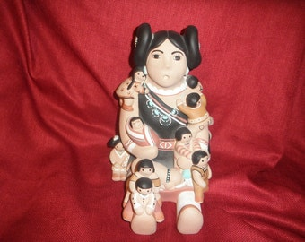 Teissedre Native American Indian Storyteller Doll with Babies 1989