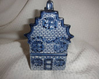 Delfts Handmade House with Side Open (Trinkets)