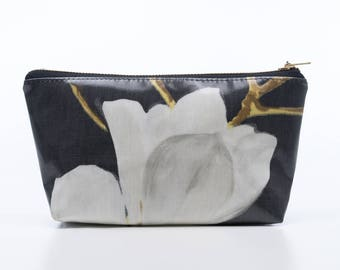 Magnolia Make Up Purse, Oilcloth Make-up Bag, Cosmetic Bag, Gift for Women