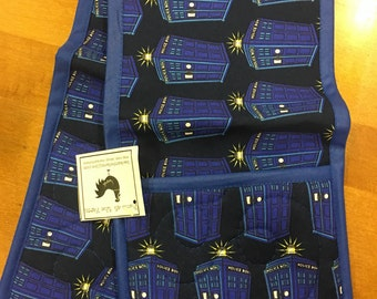 Dr. Who double oven mitt pot holders