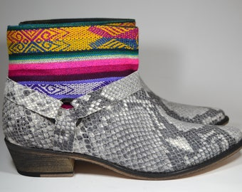 LEATHER ETHNIC BOOTS, Size 41, Grey snake Boots, Ethnic Boots, Spanish Boots