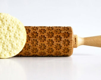 CAMOMILE DAISY Embossing rolling pin, laser engraved rolling pin