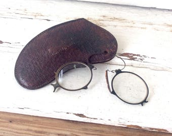 Antique glasses Germany  1800s prince-nez antique nose pincher Spectacles in brown leather case Zwicker Brille