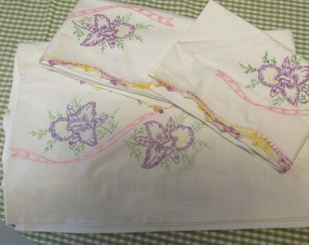 Beautiful Set of Vintage Hand Embroidered Full Bed Sheet and Pillow Cases