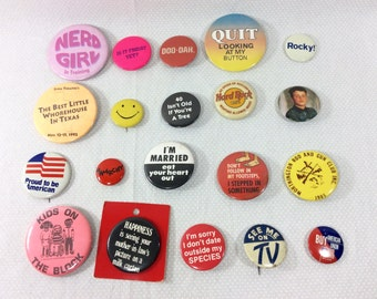 Lot of 20 Vintage Kitchy Campaign Style Buttons