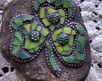 Mosaic Stained Glass Garden Rock Stone Jeweled Hearts Shamrock Paperweight  OOAK Valentine's Teacher's St. Patrick's Mother's Day Gift