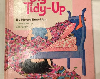 The Big Tidy-Up by Norah Smaridge; 1970; Big Golden Book, Vintage,  Very Good Condition