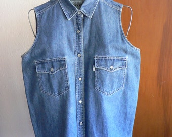 FREE SHIPPING!!!! Vintage 1990s Levi's Denim Sleeveless Western Pearl Snap Shirt Size Medium